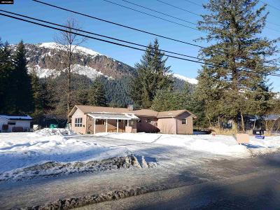 Juneau Single Family Home Take Back Ups: 1830 Davis Avenue