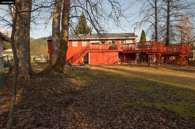 Juneau Borough Single Family Home For Sale: 2561 Meadow Lane