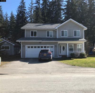 Juneau Borough Single Family Home For Sale: 9807 Lone Wolf Drive