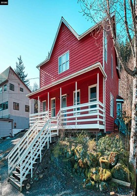 Juneau Borough Single Family Home For Sale: 413 St. Ann's Avenue