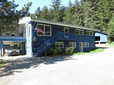 Juneau Single Family Home For Sale: 1410 Glacier Highway
