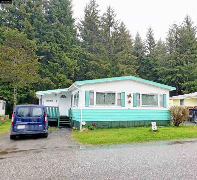 Juneau Mobile Home For Sale: 5909 Churchill Way