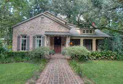 Fairhope Single Family Home For Sale: 115 Oak Av