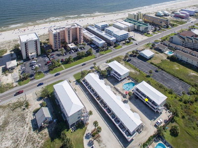 Gulf Shores Condo/Townhouse For Sale: 1118 West Beach Blvd #21