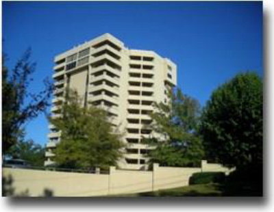 Daphne Condo/Townhouse For Sale: 100 Tower Drive #901