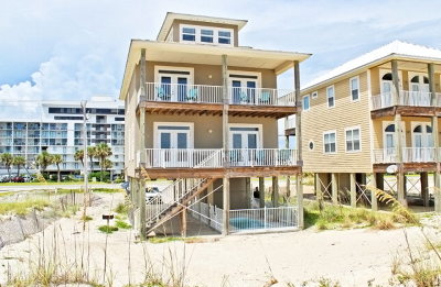 Gulf Shores Single Family Home For Sale: 1833 West Beach Blvd