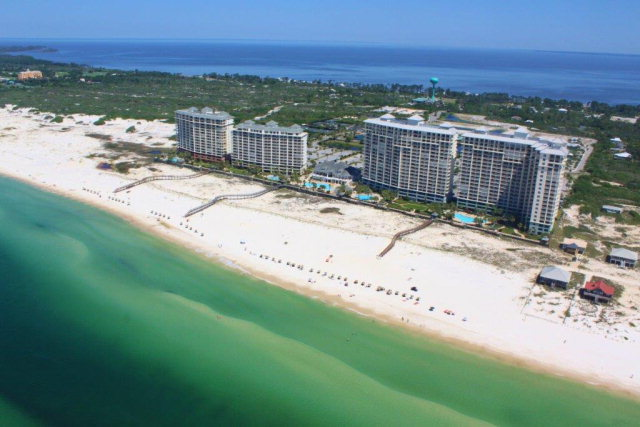 2 bed/3 bath Condo/Townhouse in Gulf Shores for $389,000