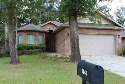 Foley Single Family Home For Sale: 1444 Surrey Loop