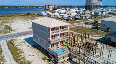 Gulf Shores Single Family Home For Sale: 1589 W Beach Blvd