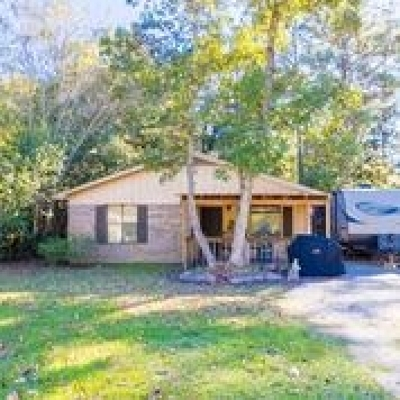 Gulf Shores Single Family Home For Sale: 929 E 24th Avenue