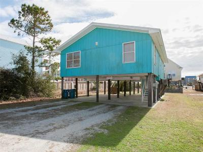 Gulf Shores Single Family Home For Sale: 311 E 2nd Avenue