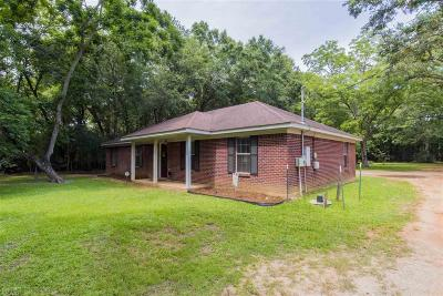Fairhope AL Single Family Home For Sale: $180,000