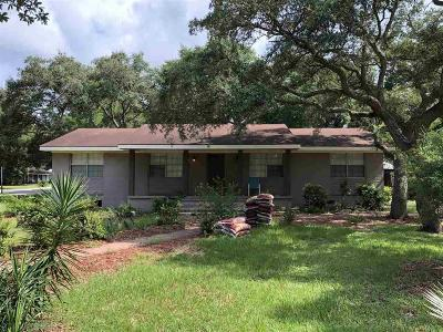 Gulf Shores Single Family Home For Sale: 232 W 13th Avenue