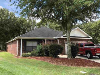 Gulf Shores Single Family Home For Sale: 359 Darla Court