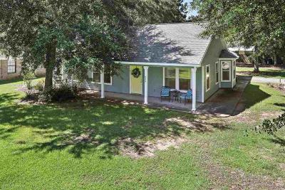 Gulf Shores Single Family Home For Sale: 644 E 22nd Avenue