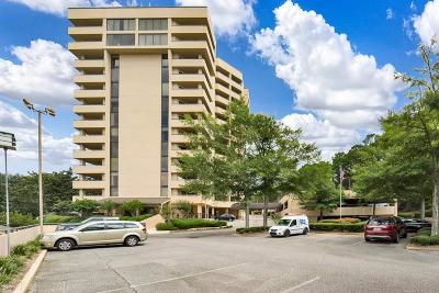 Daphne Condo/Townhouse For Sale: 100 Tower Drive #504