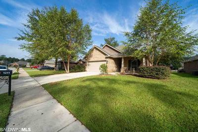 Foley Single Family Home For Sale: 1211 Surrey Loop