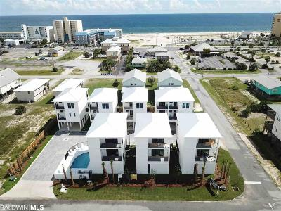 Gulf Shores Single Family Home For Sale: 301 E 2nd Avenue