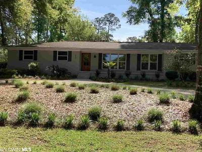 Fairhope Single Family Home For Sale: 562 N Mobile Street