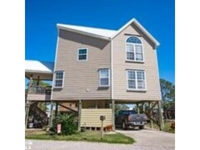 Gulf Shores Single Family Home For Sale: 404 W 4th Street