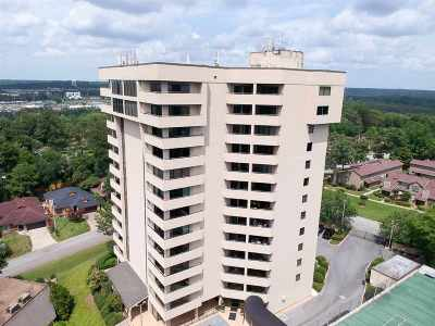 Daphne Condo/Townhouse For Sale: 100 Tower Drive #802