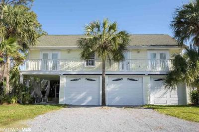 Gulf Shores Single Family Home For Sale: 224 W 4th Avenue