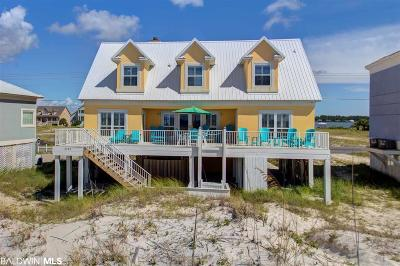 Gulf Shores Single Family Home For Sale: 2283 W Beach Blvd