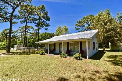 Fairhope AL Single Family Home For Sale: $189,000