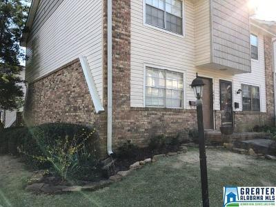 Birmingham, Homewood, Hoover, Mountain Brook, Vestavia Hills Condo/Townhouse For Sale: 2601 Southbury Cir #2601