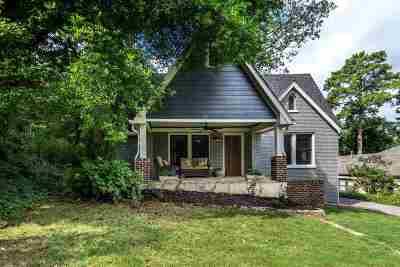 Single Family Home For Sale: 512 Hampton Dr