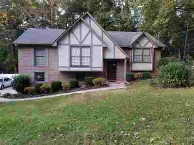 Single Family Home For Sale: 2005 Yancy Dr