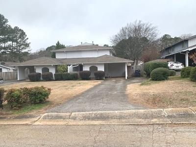 Birmingham, Homewood, Hoover, Irondale, Mountain Brook, Vestavia Hills Rental For Rent: 1838 Stonehenge Dr