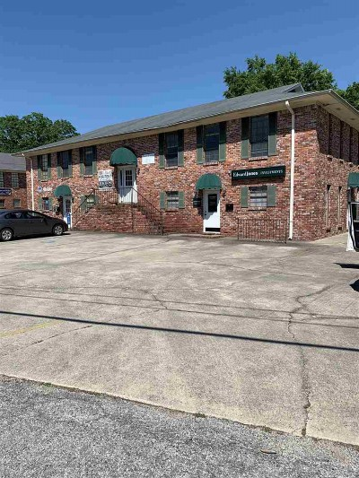 Commercial For Sale: 1405/1413 Thompson Cir