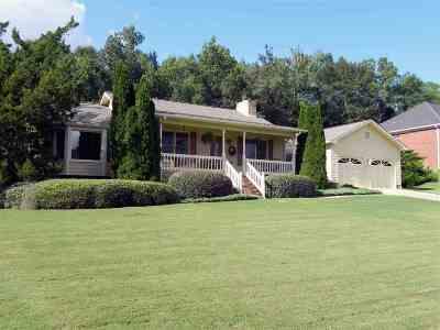 Oxford Single Family Home For Sale: 2074 Little John Dr