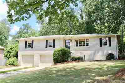 Vestavia Hills Single Family Home For Sale: 1836 Nottingham Dr