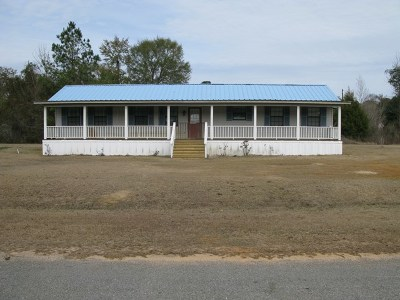 Andalusia AL Single Family Home For Sale: $95,000