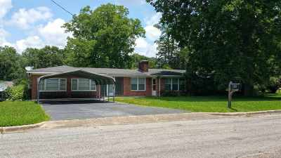 Andalusia AL Single Family Home For Sale: $114,000
