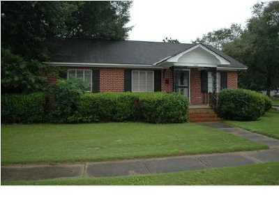 Mobile AL Single Family Home For Sale: $95,000