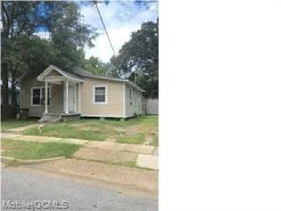 Mobile County Single Family Home For Sale: 1204 Bay Avenue