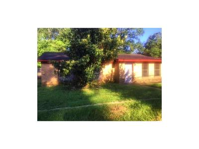 Mobile AL Single Family Home For Sale: $65,000