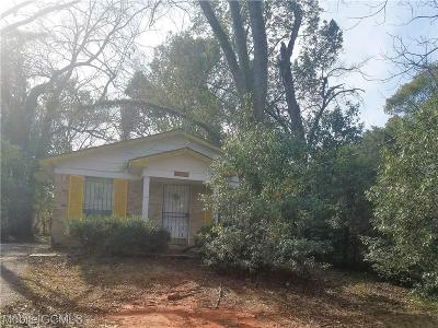 Mobile County Single Family Home For Sale: 709 Sample Street