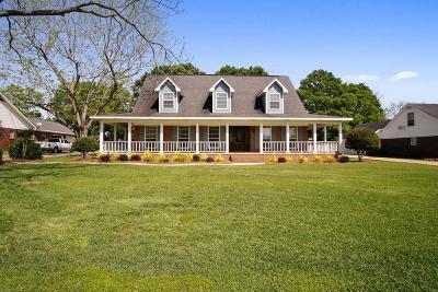 Single Family Home For Sale: 4821 Pecan Ridge E