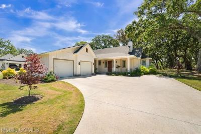 Baldwin County Single Family Home For Sale: 210 Centennial Oaks Drive