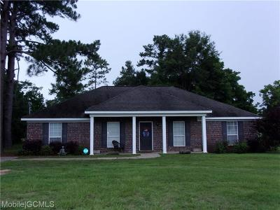Mobile County Single Family Home For Sale: 8675 Maple Drive