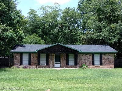 Mobile County Single Family Home For Sale: 3185 Crestwood Drive