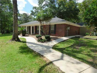 Wilmer Single Family Home For Sale: 5922 Boggy Creek Drive