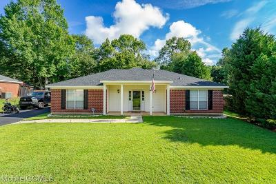 Semmes Single Family Home For Sale: 7930 Woodland Hills Drive