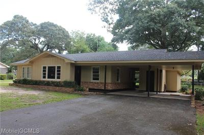 Mobile AL Single Family Home For Sale: $125,000