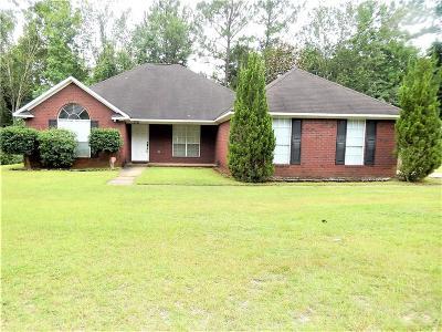 Single Family Home For Sale: 7771 Creekwood Drive