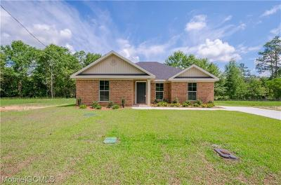 Semmes Single Family Home For Sale: 9592 Magnolia Cove Court